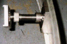 Close-up of clamping assembly.